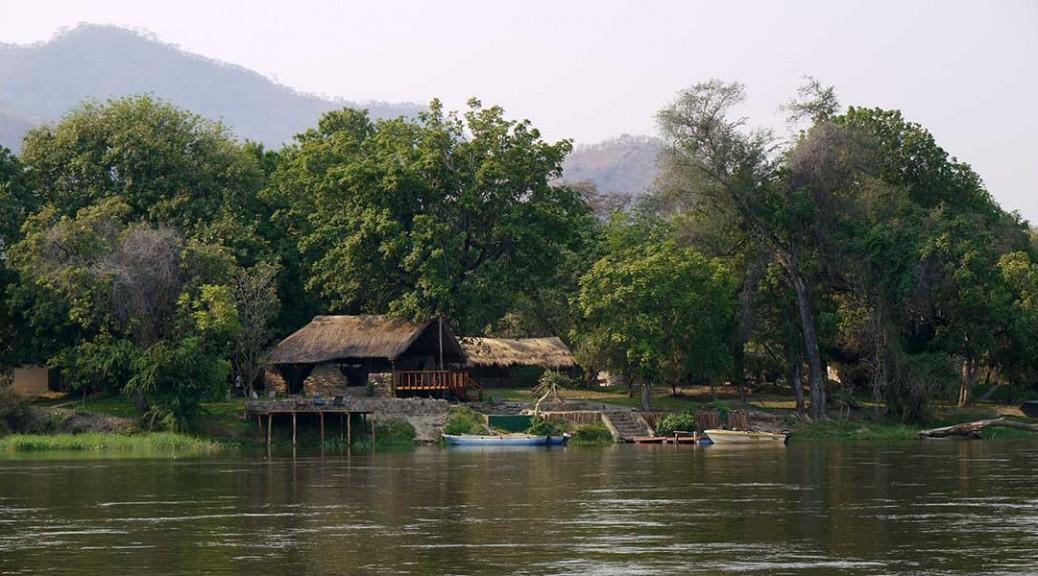 Kingfisher Tiger fishing lodge on the Zambezi River